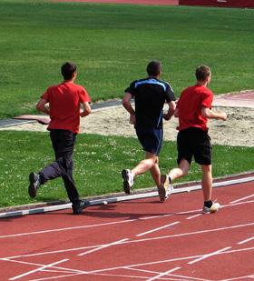 CELE MAI EFICIENTE EXERCITII PENTRU A TE MENTINE IN FORMA